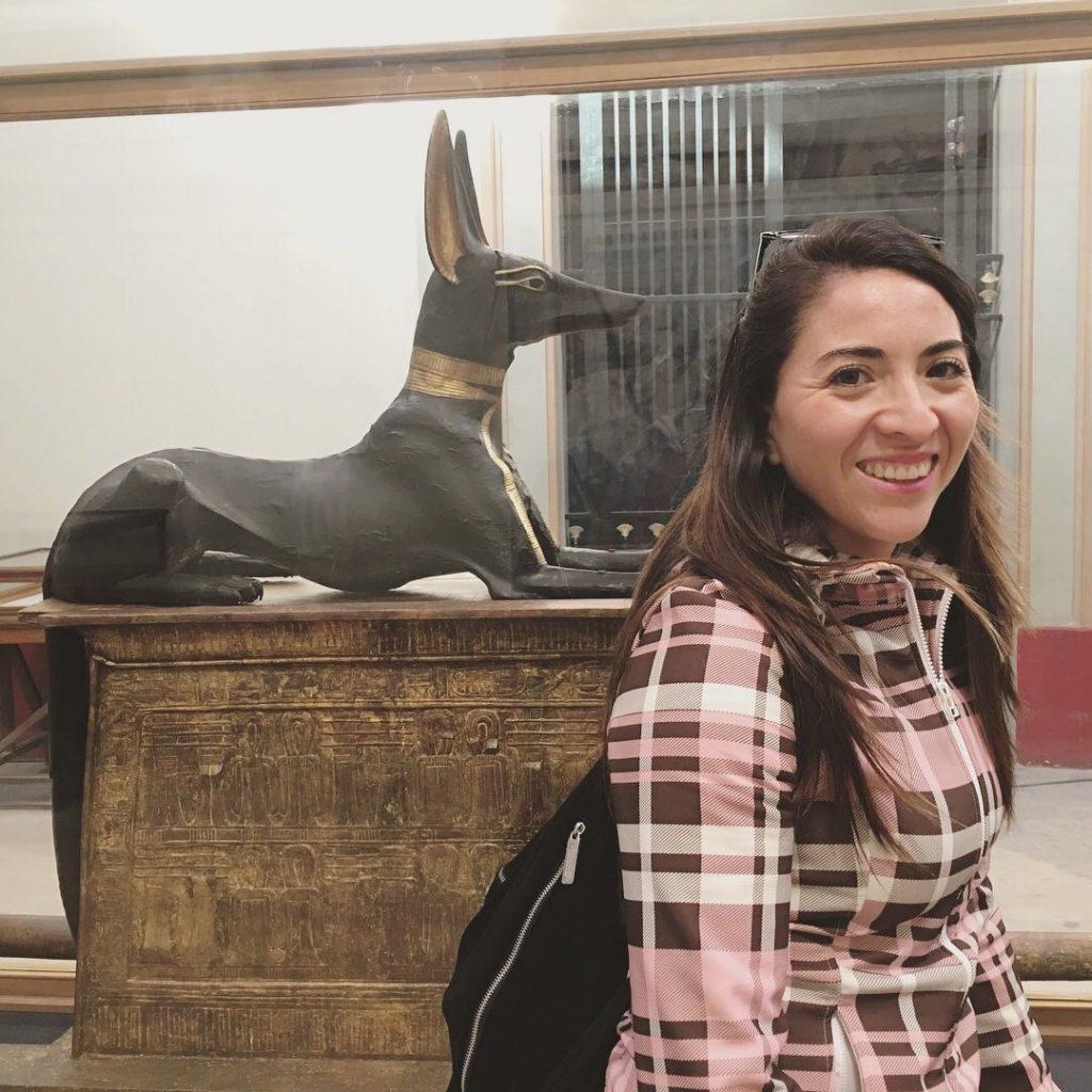 Lorena-en-Museo-de-El-Cairo-Ayama-Viajes