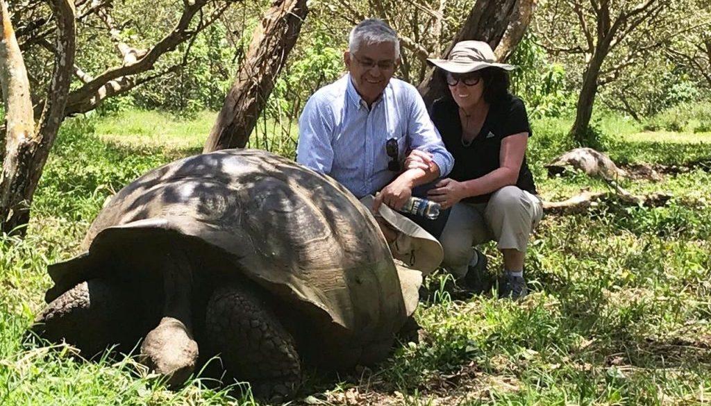Sergio y Loreto en Galapagos - Ayana Viajes